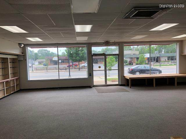 980 W Broadway Avenue, Muskegon, MI 49441 (MLS #20037337) :: JH Realty Partners