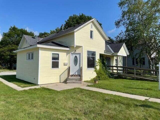 210 N Main Street, Scottville, MI 49454 (MLS #21015196) :: CENTURY 21 C. Howard