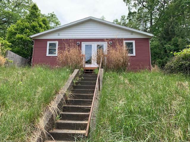 3383 Lakeshore Drive, Muskegon, MI 49441 (MLS #21021425) :: BlueWest Properties