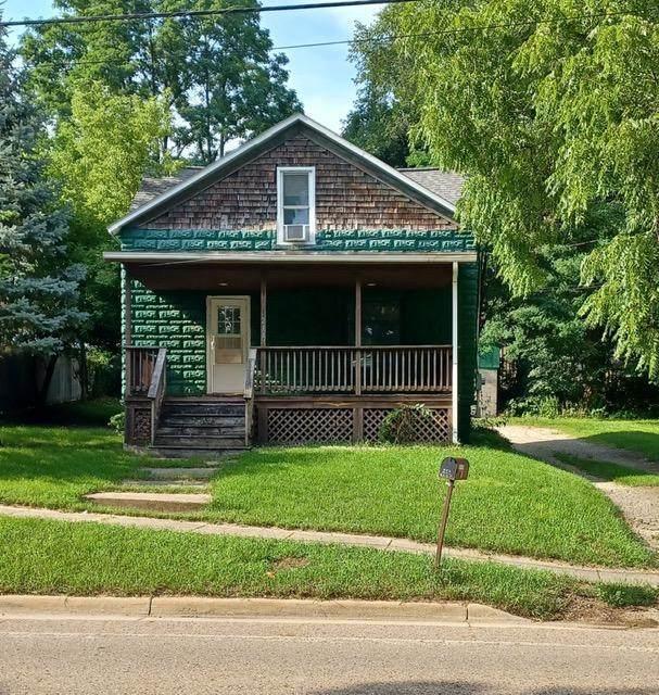 214 W River Street, Otsego, MI 49078 (MLS #21100302) :: Sold by Stevo Team | @Home Realty