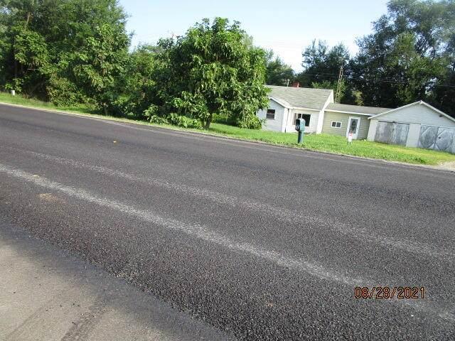 112 E Colon Road, Coldwater, MI 49036 (MLS #21105422) :: CENTURY 21 C. Howard