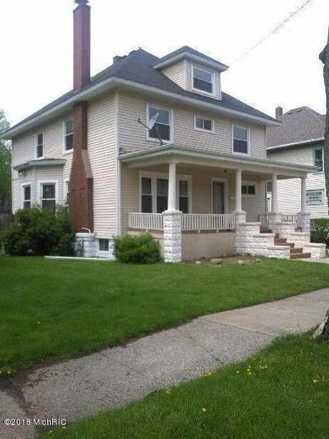 554 Columbus Avenue, Benton Harbor, MI 49022 (MLS #18031742) :: 42 North Realty Group