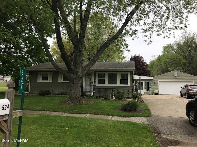 524 W Parsons Avenue, Watervliet, MI 49098 (MLS #19020514) :: Matt Mulder Home Selling Team