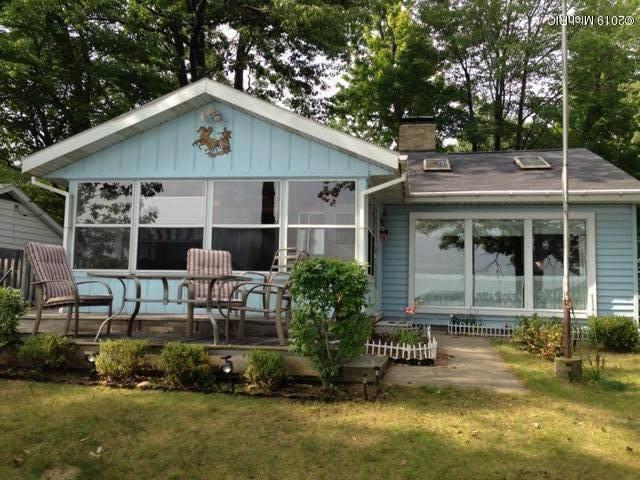 10401 N Chippewa Drive, Chippewa Lake, MI 49320 (MLS #19057400) :: CENTURY 21 C. Howard