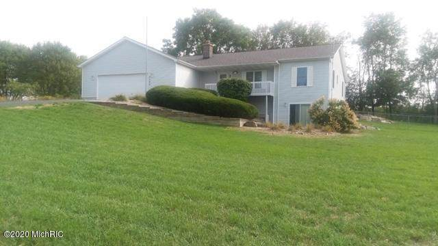5262 16 Mile Road NE, Cedar Springs, MI 49319 (MLS #20035621) :: Ginger Baxter Group