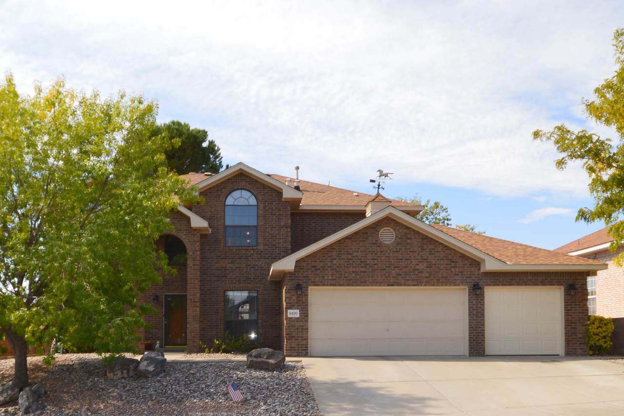 8409 Vista Verde Place - Photo 1