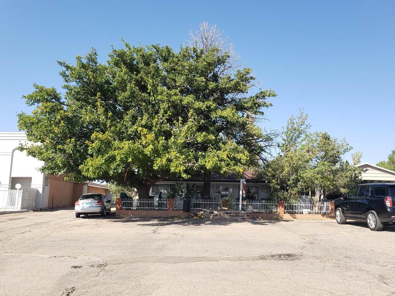 2303 Historic Route 66 - Photo 1