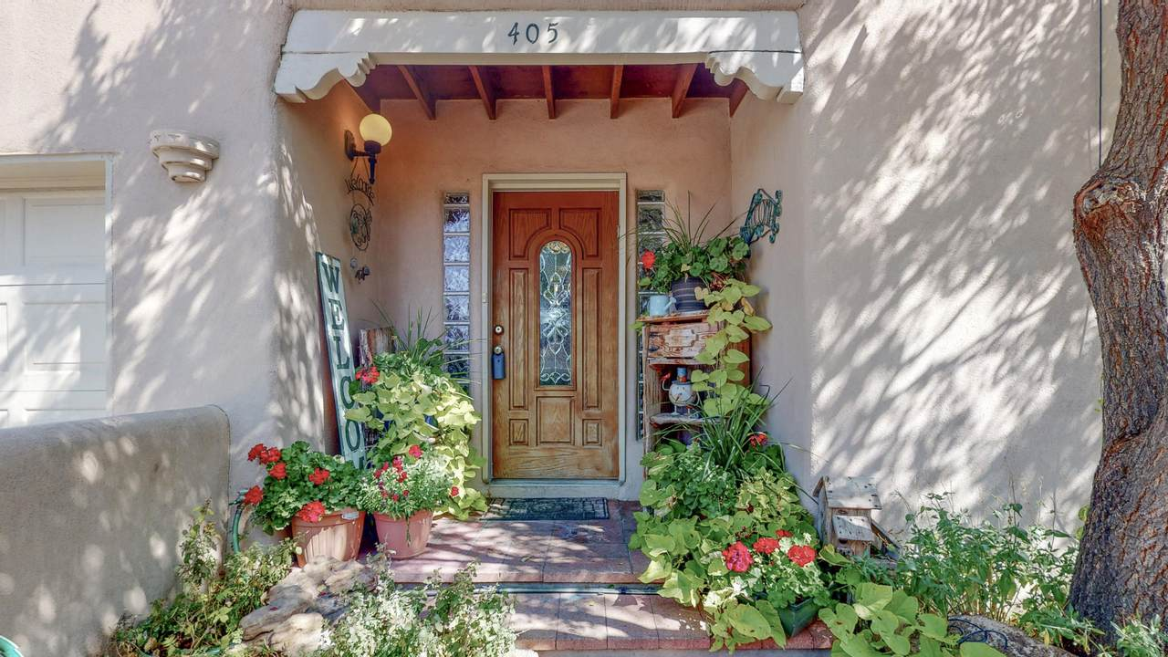 405 Alejandro Street - Photo 1