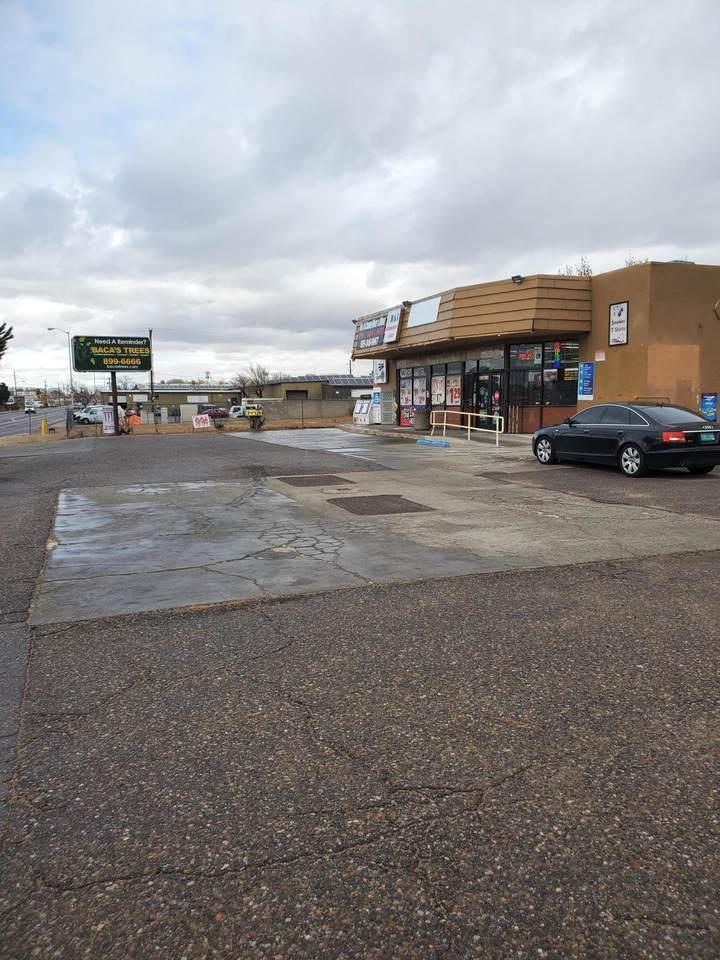 6130 Edith Boulevard - Photo 1