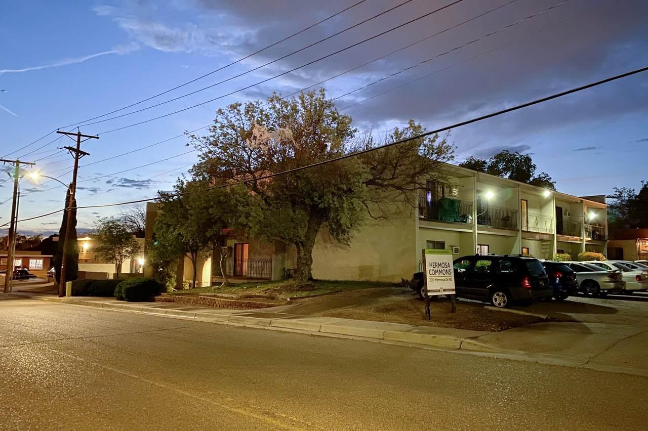 200 Hermosa Drive - Photo 1