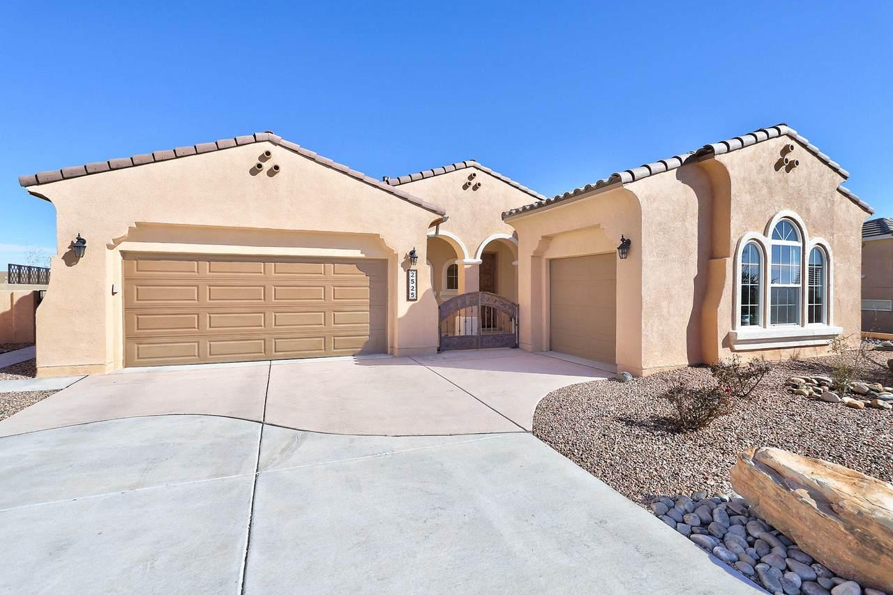 2525 Desert View Road - Photo 1