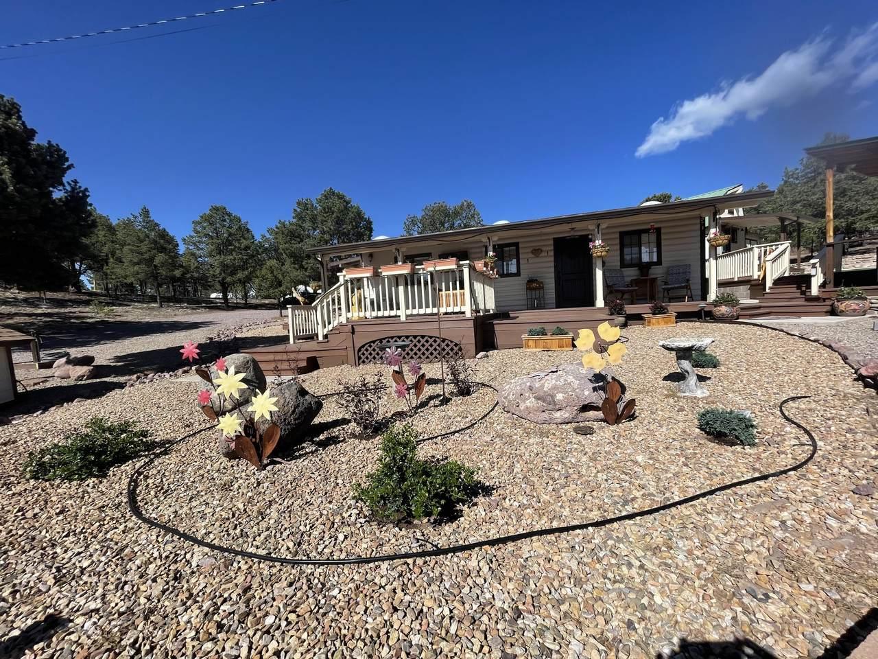 7 Log Cabin Drive - Photo 1