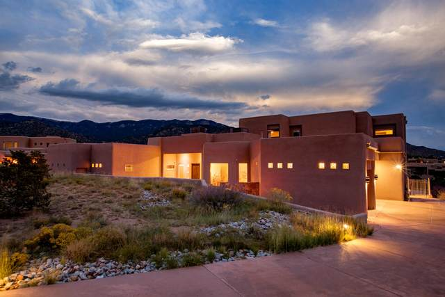 13112 Sand Cherry Place NE, Albuquerque, NM 87111 (MLS #1000025) :: Campbell & Campbell Real Estate Services