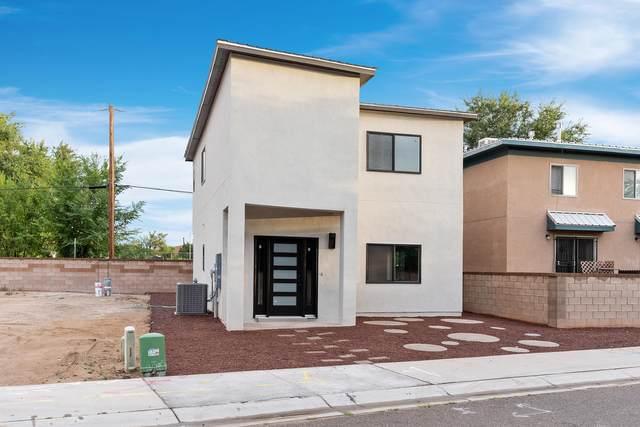724 Benicia Lane SW, Albuquerque, NM 87102 (MLS #1000316) :: Keller Williams Realty
