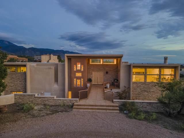88 Juniper Hill Place NE, Albuquerque, NM 87122 (MLS #1000350) :: Keller Williams Realty