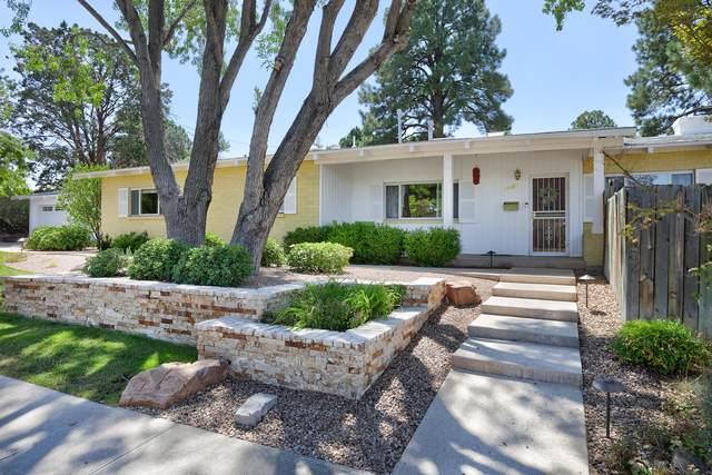 4800 Royene Avenue NE, Albuquerque, NM 87110 (MLS #1000475) :: Keller Williams Realty
