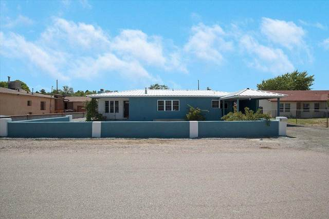 1550 Hooper Road SW, Albuquerque, NM 87105 (MLS #1000669) :: The Shear Team
