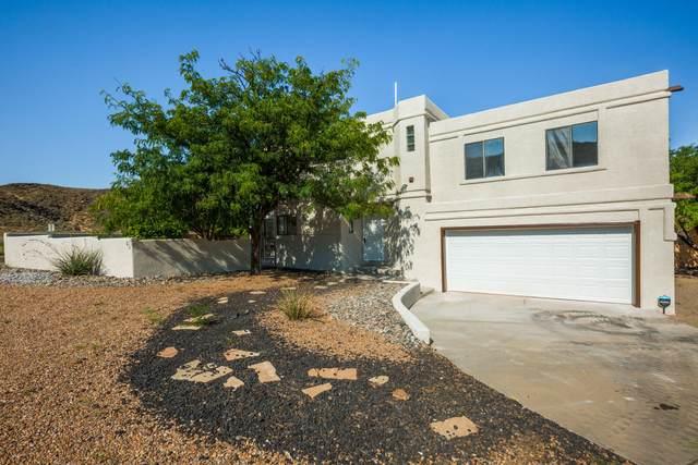 4901 Indigo Drive NW, Albuquerque, NM 87120 (MLS #1000760) :: The Shear Team