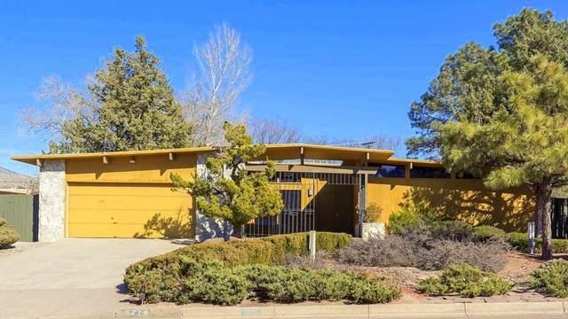 716 Wagon Train Drive SE, Albuquerque, NM 87123 (MLS #1000951) :: Keller Williams Realty