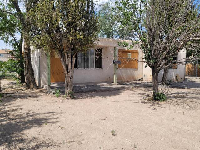 525 S Rhode Island Street SE, Albuquerque, NM 87108 (MLS #1001008) :: Campbell & Campbell Real Estate Services