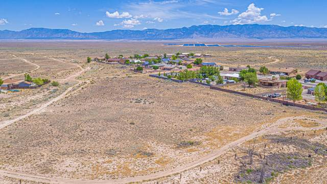 Kaghan Loop, Rio Communities, NM 87002 (MLS #1001042) :: Campbell & Campbell Real Estate Services