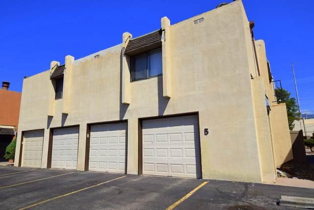8333 Comanche Road NE 5C, Albuquerque, NM 87110 (MLS #1001056) :: Keller Williams Realty
