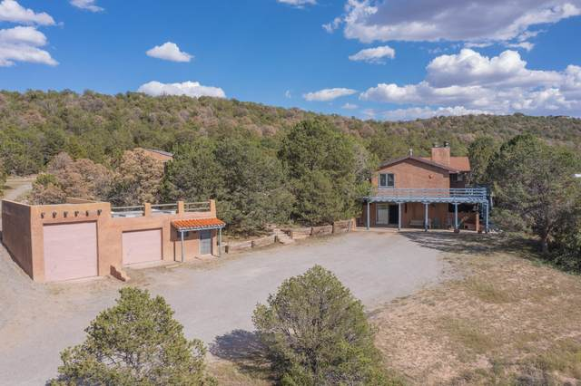 1074 County Line Road NE, Edgewood, NM 87015 (MLS #1001177) :: The Buchman Group