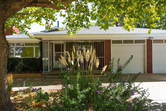 448 Graceland Drive SE, Albuquerque, NM 87108 (MLS #1001200) :: Campbell & Campbell Real Estate Services