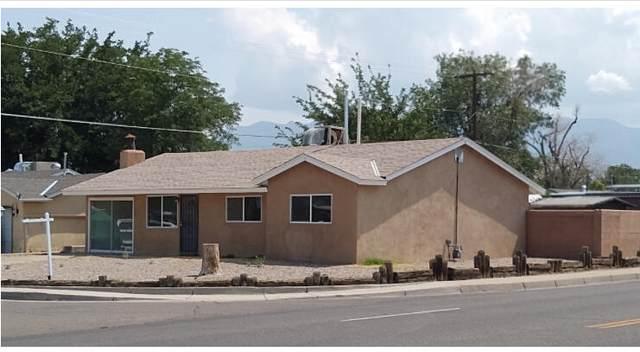 3002 Val Verde Road NE, Albuquerque, NM 87110 (MLS #1001215) :: The Shear Team
