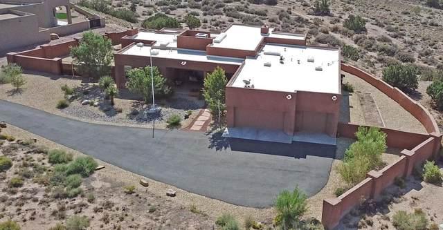4 Piedra Lisa Court, Placitas, NM 87043 (MLS #1001223) :: The Shear Team