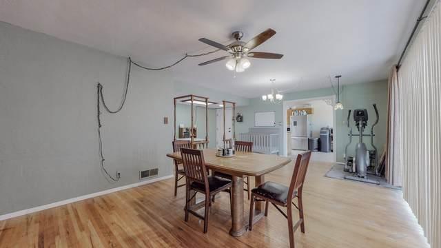 2805 Arizona Street NE, Albuquerque, NM 87110 (MLS #1001227) :: Campbell & Campbell Real Estate Services