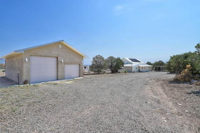 16 Cloonagh Road, Edgewood, NM 87015 (MLS #1001320) :: Berkshire Hathaway HomeServices Santa Fe Real Estate