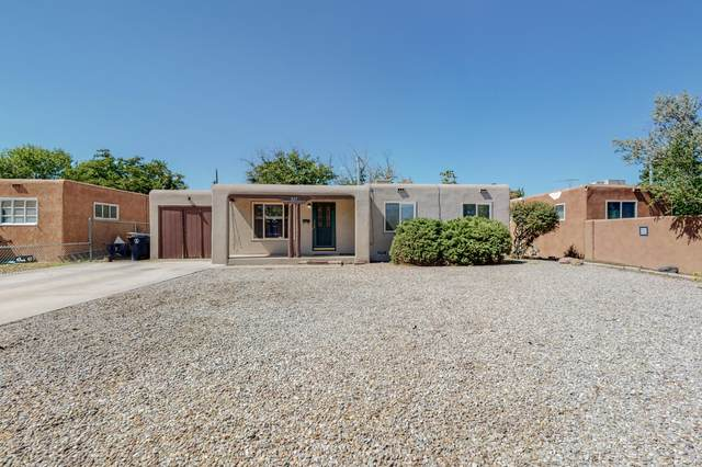829 Monroe Street NE, Albuquerque, NM 87112 (MLS #1001590) :: Keller Williams Realty