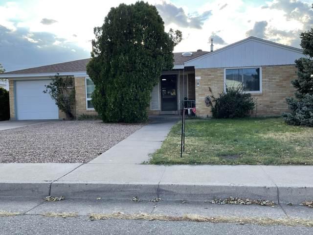 2933 Arizona Place NE, Albuquerque, NM 87110 (MLS #1001859) :: Keller Williams Realty
