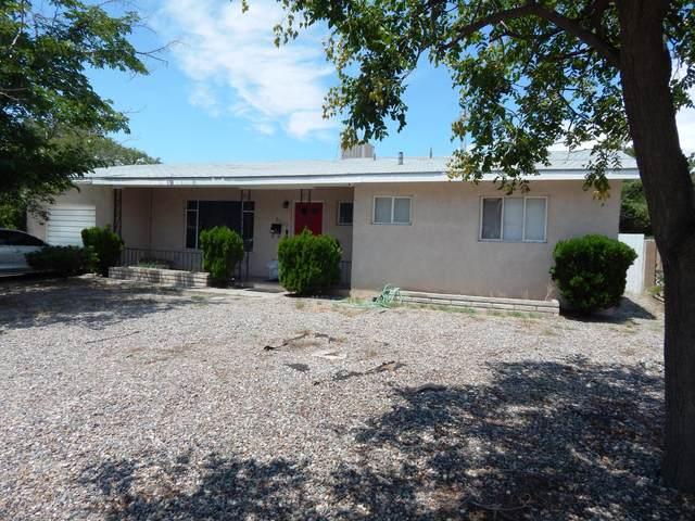 2507 Vista Larga Avenue NE, Albuquerque, NM 87106 (MLS #1001863) :: Keller Williams Realty