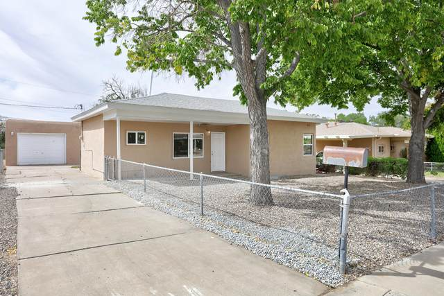 2937 Adams Street NE, Albuquerque, NM 87110 (MLS #1001899) :: The Buchman Group