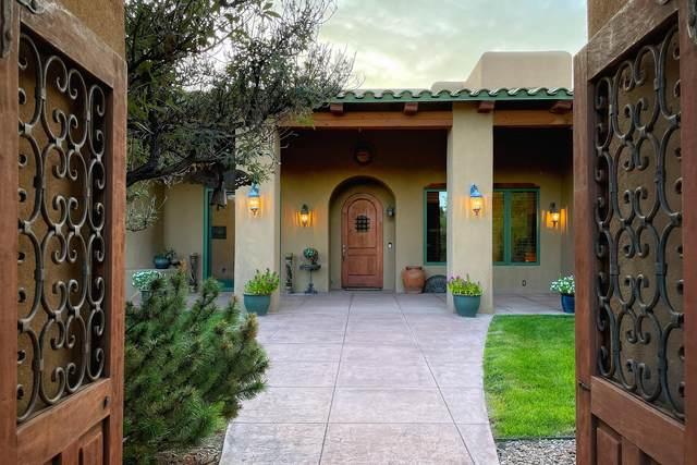 4678 Los Poblanos Circle NW, Albuquerque, NM 87107 (MLS #1002138) :: Campbell & Campbell Real Estate Services
