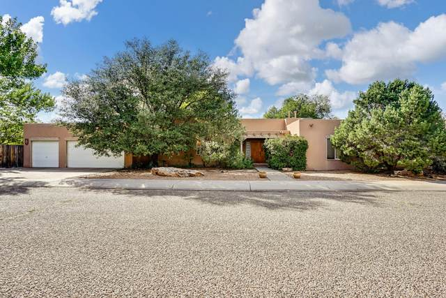 2325 Chapman Lane NW, Albuquerque, NM 87104 (MLS #1002175) :: Keller Williams Realty