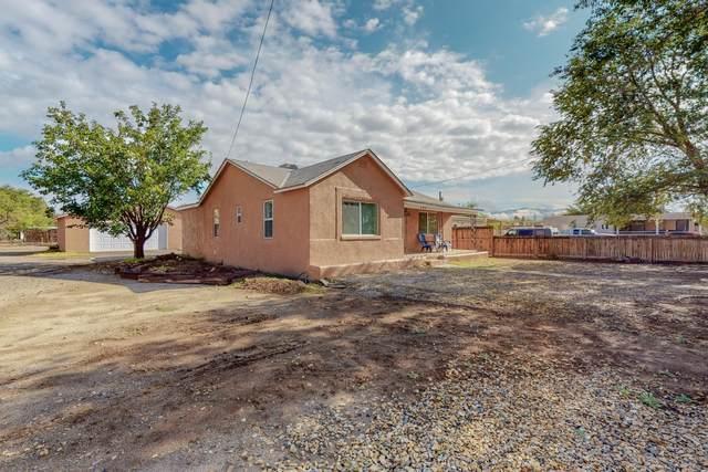 109 Bellrose Avenue NW, Albuquerque, NM 87107 (MLS #1002185) :: Keller Williams Realty