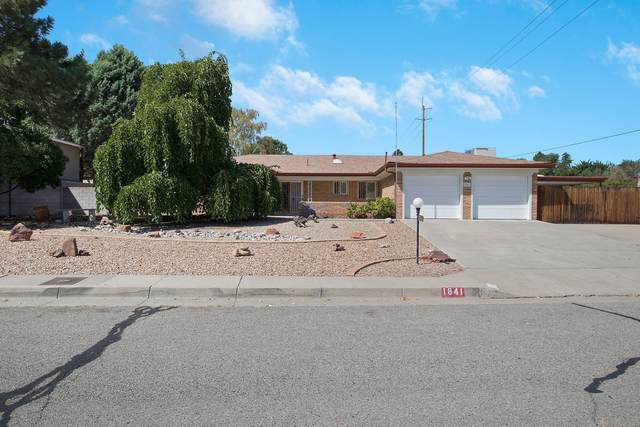 1841 Rita Drive NE, Albuquerque, NM 87106 (MLS #1002290) :: Keller Williams Realty