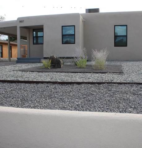 1807 Morningrise Place SE, Albuquerque, NM 87108 (MLS #1002376) :: The Buchman Group