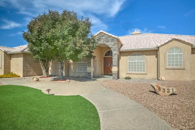 8321 Florence Avenue NE, Albuquerque, NM 87122 (MLS #1002411) :: The Buchman Group