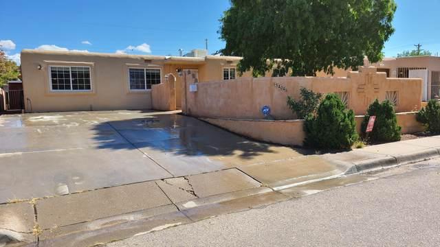 3404 Valencia Drive NE, Albuquerque, NM 87110 (MLS #1002501) :: Campbell & Campbell Real Estate Services
