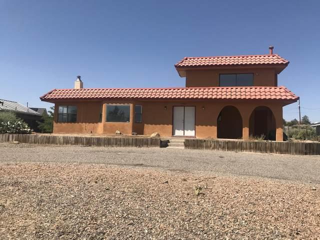 1461 32nd Circle SE, Rio Rancho, NM 87124 (MLS #1002548) :: Keller Williams Realty