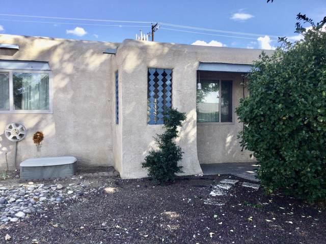1720 Muriel Street NE, Albuquerque, NM 87112 (MLS #1002632) :: Sandi Pressley Team