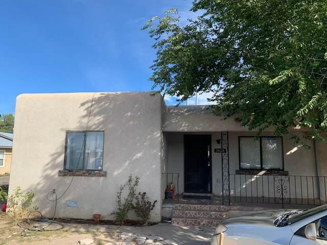 3429 S Crest Avenue SE, Albuquerque, NM 87106 (MLS #1002640) :: The Buchman Group