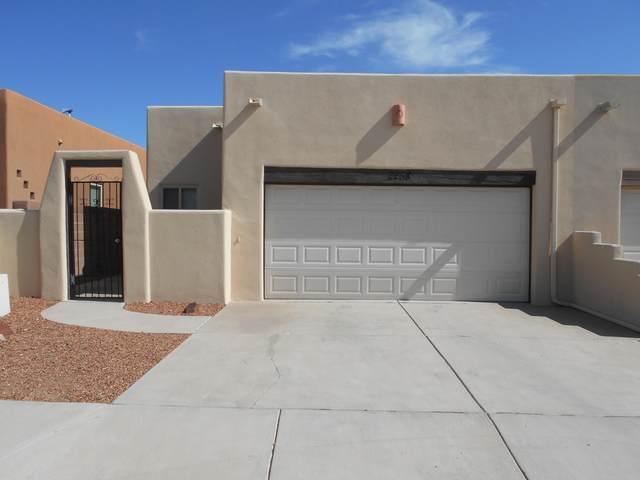 2258 S Calle De Ortiz SW, Los Lunas, NM 87031 (MLS #1002688) :: Campbell & Campbell Real Estate Services