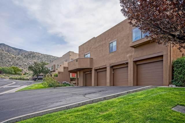 2900 Vista Del Rey NE 32B, Albuquerque, NM 87112 (MLS #1002714) :: Keller Williams Realty
