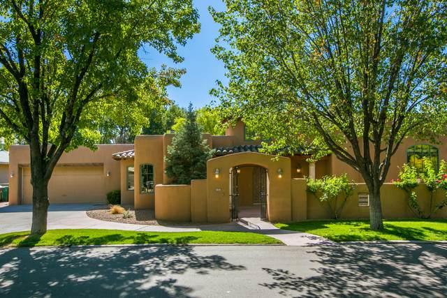 908 Los Prados De Guadalupe Drive NW, Los Ranchos, NM 87107 (MLS #1002747) :: HergGroup Albuquerque