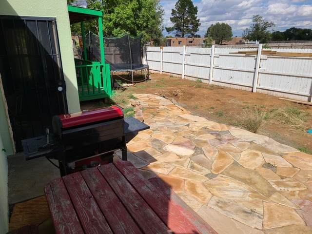 604 Victoria Street, Moriarty, NM 87035 (MLS #1002842) :: Sandi Pressley Team